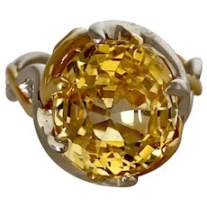 An Exceptional Certified Natural Untreated 7.83ct Yellow Sapphire 18KT Ring
