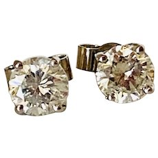 Vintage 18KT Solitaire Diamond Stud Earrings 1,10 carats