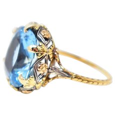 Vivid Late Victorian Aquamarine 18K Tri-Color Gold Ring Circa 1890