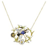 Enchanting Art Nouveau Diamond Enamel 14 Karat Gold Bee Necklace