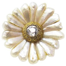 Sweet Art Nouveau Daisy Old Mine Cut Diamond and Pearl Pin 14K Gold