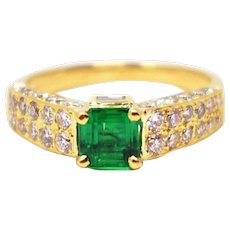 Chic 18k Yellow Gold Cartier Emerald Diamond Ring
