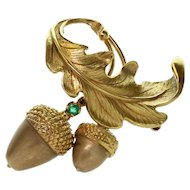 RAYMOND YARD Emerald Oak Acorn Leaf 18K Yellow Gold Brooch