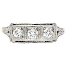 Edwardian 0.30 CTW Diamond Platinum-Topped 14 Karat Gold Ring