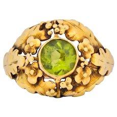 Arts & Crafts Peridot 18 Karat Gold Floral Foliate Ring