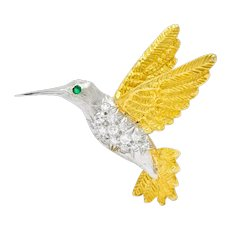 1970's Vintage Diamond Emerald 18 Karat Two-Tone Gold Hummingbird Brooch