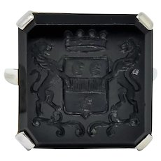 Art Deco 1930 Onyx Intaglio 14 Karat White Gold Heraldry Ring