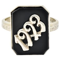 Art Deco 1923 Onyx Tablet 14 Karat White Gold Date Ring