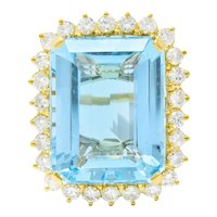 Vintage 30.50 CTW Aquamarine Diamond 18 Karat Gold Cluster Cocktail Ring