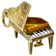 Retro Enamel 14 Karat Gold Articulated Hidden Heart Piano Charm