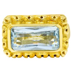 Douglas Elliott Vintage Aquamarine 18 Karat Gold Cocktail Ring