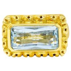 Douglas Elliott Vintage Aquamarine 18 Karat Gold Cocktail Ring