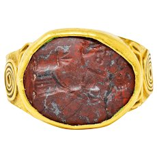 Early Hardstone Intaglio 18 Karat Gold Unisex Signet Ring