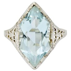 Art Deco Aquamarine 18 Karat White Gold Navette Dinner Ring