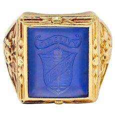 1936 Art Deco Blue Chalcedony 14 Karat Gold Unisex Heraldry Signet Ring