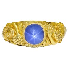 Outstanding Tiffany & Co. Art Nouveau Star Sapphire 14 Karat Gold Bacchantes Unisex Ring