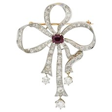 Edwardian 5.48 CTW Ruby Diamond Platinum-Topped 14 Karat Gold Bow Brooch