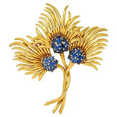 Tiffany & Co. Vintage 3.56 CTW Sapphire 18 Karat Gold Floral Brooch Circa 1960s