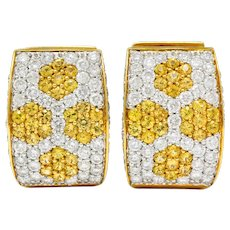 Contemporary 5.42 CTW Diamond Sapphire Platinum 18 Karat Gold Huggie Earrings