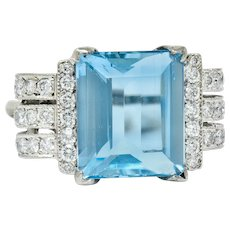 Retro 7.75 CTW Aquamarine Diamond 18 Karat Gold Scrolled Statement Ring