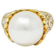 Van Cleef & Arpels South Sea Pearl 3.40 CTW Diamond 18 Karat Gold Statement Ring