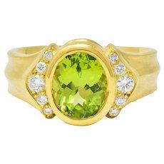 Contemporary Peridot Diamond 18 Karat Gold Gemstone Ring