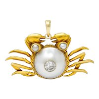 1970's Vintage Mabe Pearl 0.75 CTW Diamond 18 Karat Gold Cancer Zodiac Pendant