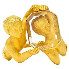 Carrera Y Carrera Rock Crystal 18 Karat Gold Cherubic Ring