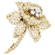 David Webb 13.00 CTW Diamond And 18 Karat Gold Flower Brooch Circa 1960