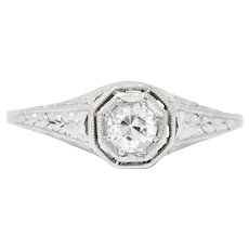 Art Deco 0.25 Carats Diamond And Platinum Engagement Ring