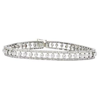 Radiant 1930's 4.55 CTW Diamond Platinum Art Deco Bracelet