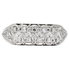 Retro 0.20 CTW Diamond 18 Karat White Gold Band Ring