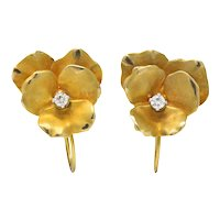 Church & Company Retro 0.10 CTW Diamond 14 Karat Gold Flower Earrings