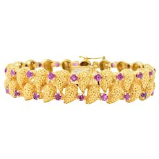 Tiffany & Co. 4.56 CTW Ruby 18 Karat Gold Textured Link Bracelet