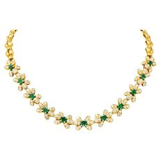 Van Cleef & Arpels 10.74 CTW Diamond Emerald 18 Karat Gold Floral Collar Necklace