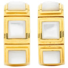 Mauboussin Paris Mother-Of-Pearl 18 Karat Gold 20 MM Huggie Earrings