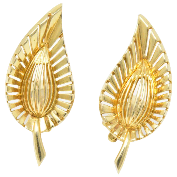 b73a487bc Tiffany & Co. Vintage 14K Yellow Gold Leaf Clip Earrings : Wilson's ...