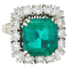 Magnificent 1950's Mid-Century Colombian Emerald Diamond 18 Karat White Cluster Ring AGL