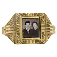 19 Karat Yellow Gold Portrait Frame Unisex / Men's Ring Mid - 19th Century