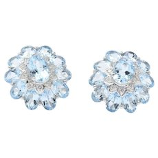 Kings Contemporary Blue Topaz Diamond 18 Karat White Gold Earrings