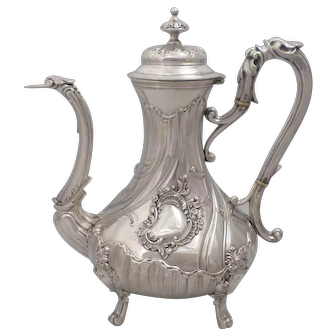Luxurious Antique 1890s French all sterling silver coffee/tea pot of Rococo style by Edmond Bonnesoeur (1887-1908)