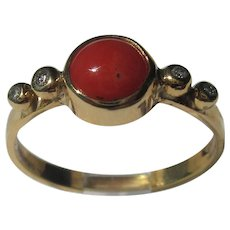 9 kt Y.G. Coral and Diamond Ladies Ring