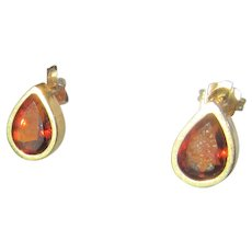 14 kt Gold Pear Shape  Orange Garnet Stud Earrings