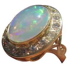 9 kt Yellow Gold Large Oval Opal and Multi Diamond Ladies Ring