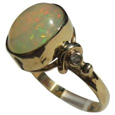 Green Fiery Glow Opal and Diamond 9 kt Gold Ladies Ring