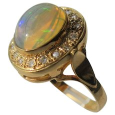9 kt Yellow Gold Artisan Fiery Opal and Diamond Ladies Ring