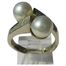 14kt Yellow Gold Pearl and Diamond Ladies Ring