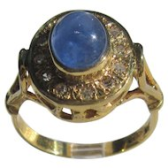 9 kt Yellow Gold Cabochon Denim Blue Sapphire and Diamond Ladies Ring