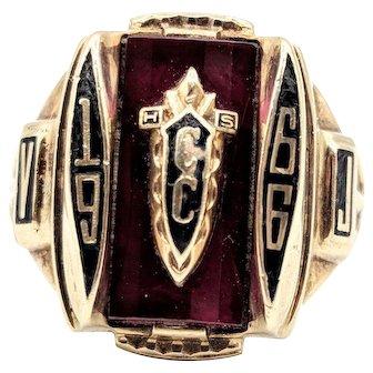 Jostens 1966 Class Ring CC High School 9.2g 10k Yellow Gold Size 7.5
