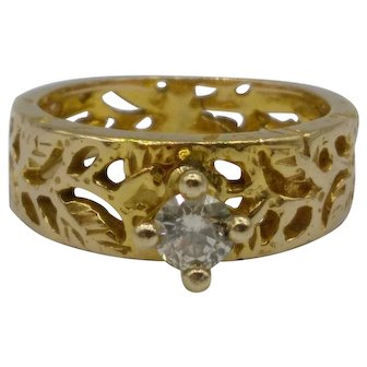 0.23 Round Diamond 14K Gold Ring w/ Cut-Out Leaf & Vines Band